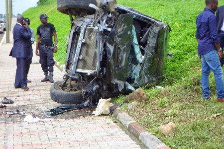 Brutal accidente de coche en la autopista de SIPOPO
