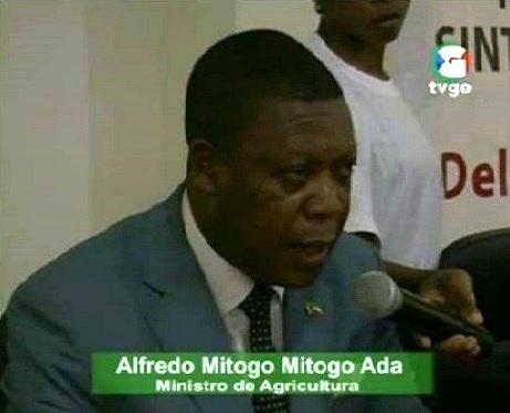 Alfredo-Mitogo-Mitogo-TVGE-dec2013-02