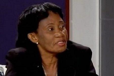 Genoveva Nchama ¿Sabes qué significa mi nombre NCHAMA en fang? Significa destrucción.