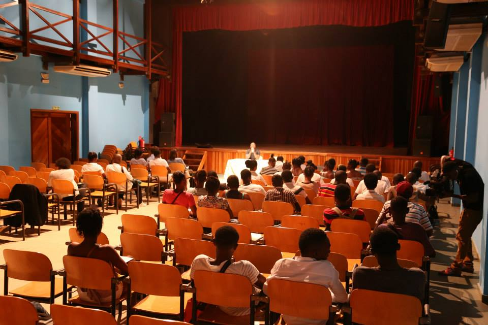 Sala de actos del CENTRO CULTURAL DE ESPAÑA EN MALABO