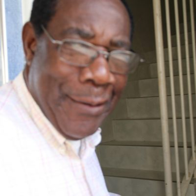 """Nguema Esono """"Dejo la política después de largos 57 años, dedicados por la causa pública"""""""