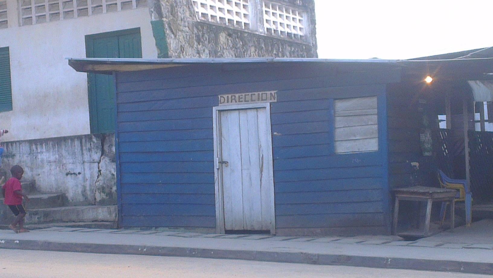 La Dirección del Centro.