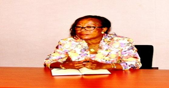 ¿Cuánto ganan al mes las barrenderas del Ayuntamiento de Malabo?