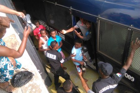 Conducidos a Black Beach 311 detenidos por los incidentes del 5 de febrero