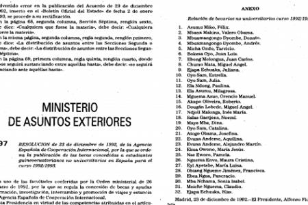 Desde 1983 los hijos de miembros del Gobierno reciben las becas de España