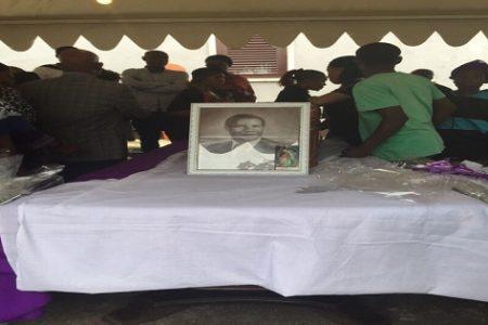 Imágenes del funeral de Nguema Esono Nchama en Mongomo