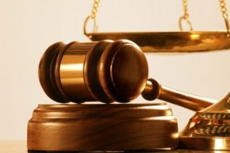 PODERES JUDICIALES Y PODERES NOTARIALES