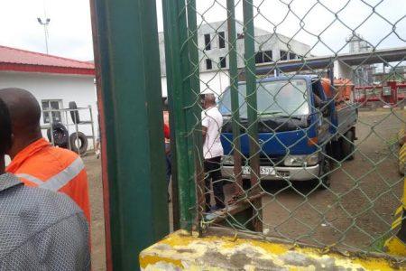 Mbega Obiang Lima prohíbe la venta de Bombona de Gas sin previa autorización de su ministerio