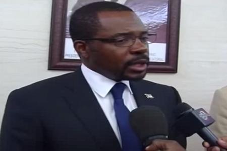 """Mbega Obiang """"No hay luz en Bata porque el consumo ha aumentado un 100%"""""""