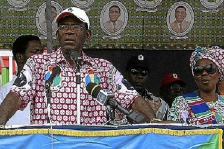 Reparto del dinero del Estado solo a los militantes del PDGE