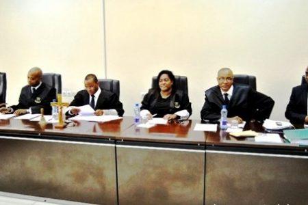 Suspendido el Juez de Instrucción Nº 2 de Malabo Pascasio Efa Obama Nchama por prevaricación