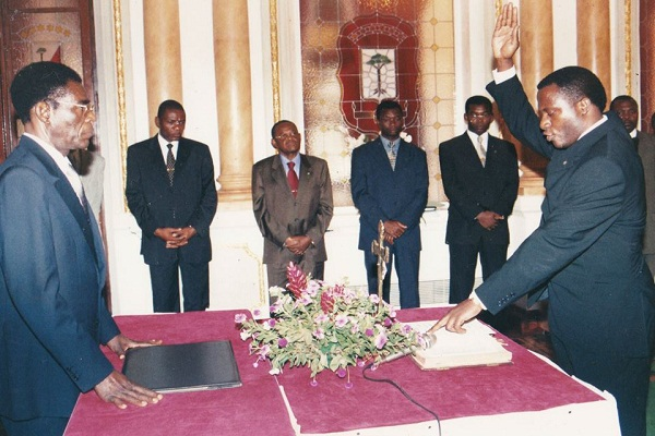 Filiberto Ntutumu Nguema entonces Director General de Gepryectos