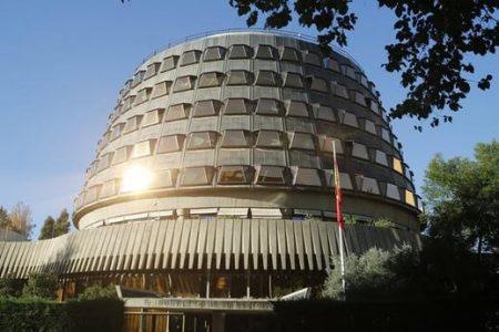 Tres leyes para la desconexión de España
