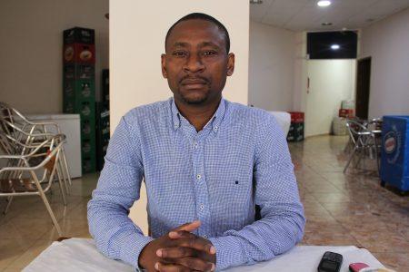 """Levi Mbo """"lo único que quiero es que Ambiki me devuelva los 2.200 euros que me debe"""""""