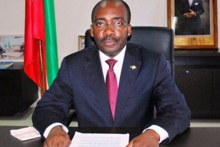 El Ministro Estanislao Don Malavo cobró comisiones por la compra de pescado en Senegal