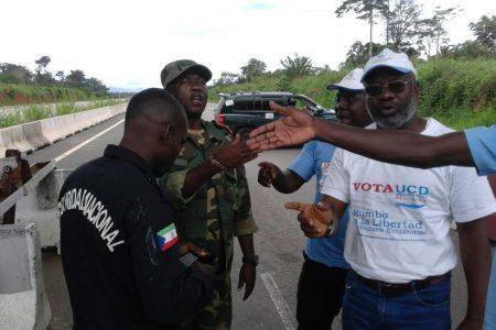 Incidente de la caravana de UCD con un grupo de militares en la barrera de Ebebiyin-Bata