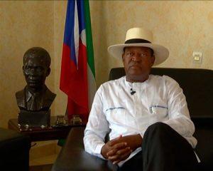El misterioso regalo de 'Alandi' al Presidente de la República durante la gira